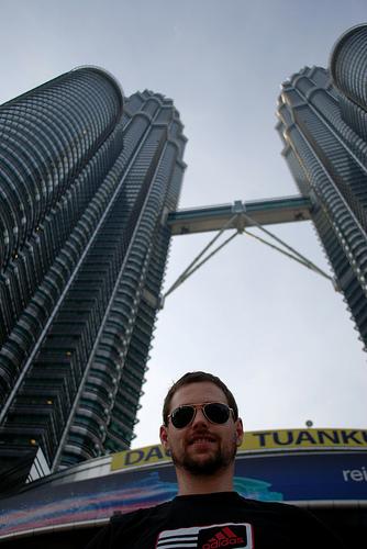 Kuala Lumpur – Towers and Caves