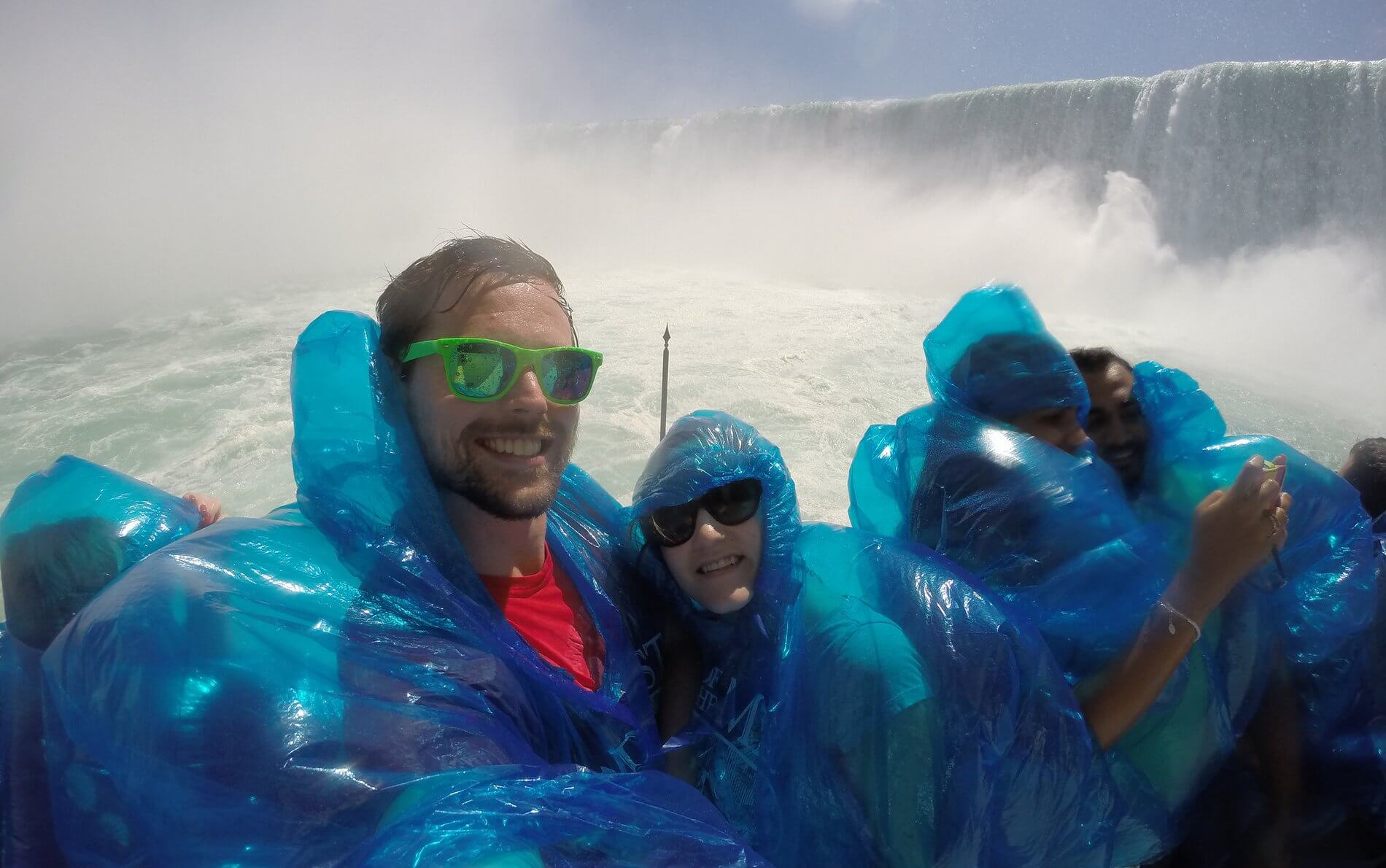 Family, Niagara Falls, and Toothache in Ontario