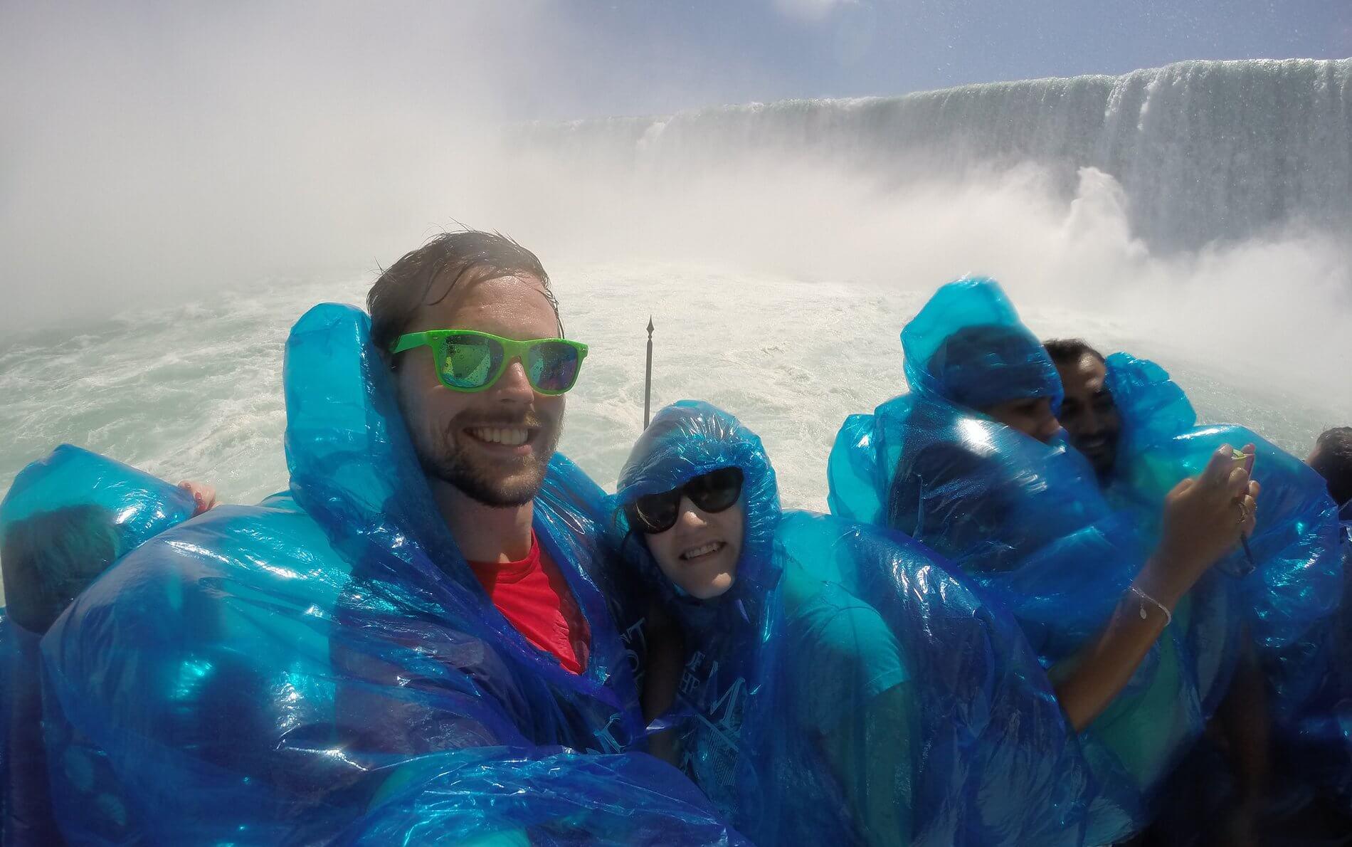 Family, Niagara Falls, and Toothache in Ontario