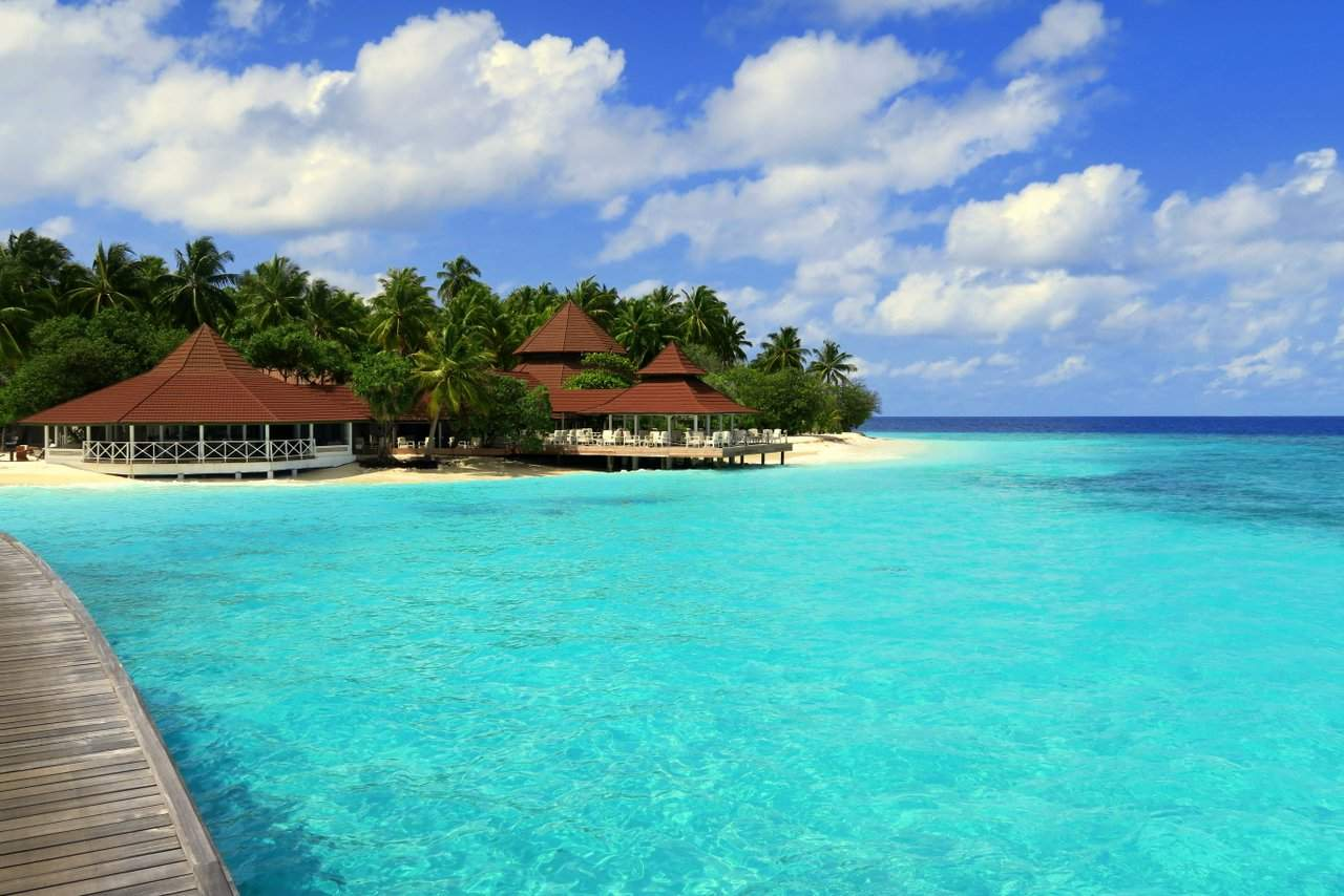 Our Review of Diamonds Thudufushi Beach & Water Villas in the Maldives